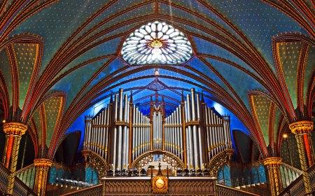 Notre Dame Basillica Montreal_edited-1