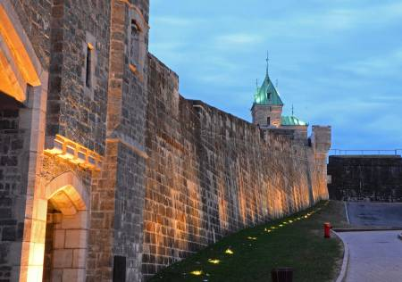 Along the Wall, Quebec City