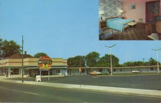 Alamo Motel, Niagara Falls, Ontario; All rooms with wall-to-wall carpeting, controlled air conditioning and heating, TV, radio and Hi-Fi; the neon sign out front is very cool