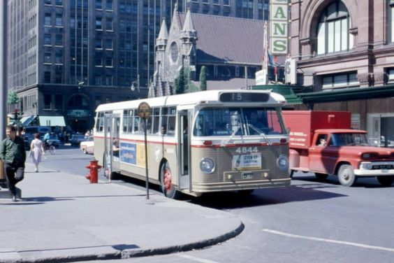 montreal-bus-2