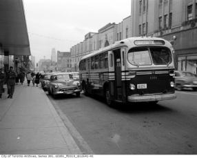 toronto-bus-5